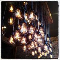Photo prise au New York City Bagel & Coffee House par Jason S. le4/2/2013