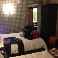 Foto scattata a Hilton da Bobby il 5/2/2013