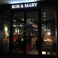 รูปภาพถ่ายที่ Bob & Mary โดย alxxrt เมื่อ 10/28/2014