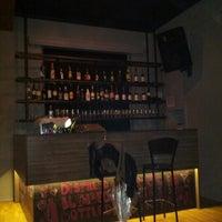 Снимок сделан в Happy Hours Pub пользователем Demet A. 1/16/2013