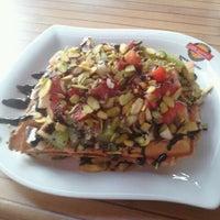 3/28/2013에 Ozan O.님이 Waffle Edem 46에서 찍은 사진