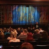 Das Foto wurde bei Dominion Theatre von Tamara F. am 1/12/2013 aufgenommen