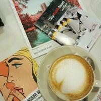 Das Foto wurde bei La Columbiana Kaffeerösterei von Irem Y. am 1/13/2017 aufgenommen