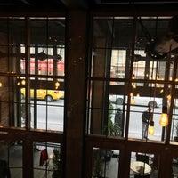 Photo prise au Sobremesa Coffee par 爱情 le1/15/2018