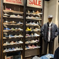 95186a753d ... Photo taken at VANS Store by Rodrigo A. on 1 14 2018 ...