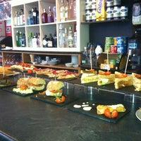Photo prise au Building Kirol & Bar par Vero le1/7/2013