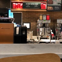 Foto scattata a Starbucks da William S. il 12/9/2017
