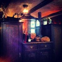 Снимок сделан в Хлеб и Вино пользователем Chad Z. 3/31/2013