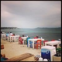 Foto tomada en Denizaltı Cafe & Restaurant por Zuhallllllll .A el 5/17/2013