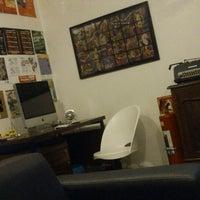 รูปภาพถ่ายที่ Hostel Alice โดย Willian R. เมื่อ 7/17/2013