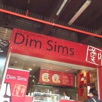 Foto diambil di South Melbourne Market oleh Tsangar pada 2/20/2013