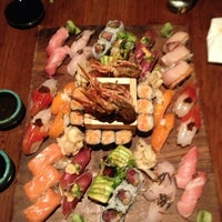 Photo prise au Blue Ribbon Sushi Izakaya par Krystal B. le3/30/2013
