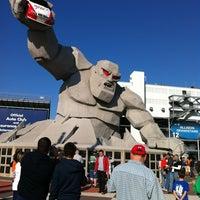 Снимок сделан в Dover International Speedway пользователем Emily 9/30/2012