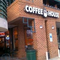 Photo prise au New World Coffee House par CJLM C. le12/23/2012