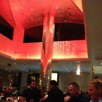 Foto diambil di N9NE Steakhouse oleh Emily pada 2/10/2013