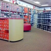 Famous Footwear 3308 N Wayne St H