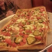 รูปภาพถ่ายที่ Posa Posa Restaurant & Pizzeria โดย Alexis เมื่อ 6/12/2013