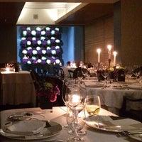 Снимок сделан в Jaso Restaurant пользователем Adriana 11/23/2013