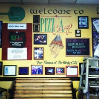Photo prise au Pizz'a Chicago par Andrew P. le9/5/2013