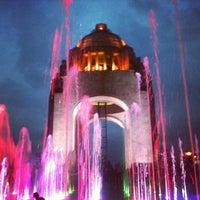 Das Foto wurde bei Monumento a la Revolución Mexicana von Anai D. am 7/17/2013 aufgenommen