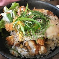 Foto scattata a Banyi Japanese Dining da Tuk S. il 3/29/2019
