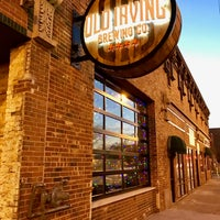 Foto tirada no(a) Old Irving Brewing Co. por Old Irving Brewing Co. em 12/14/2016