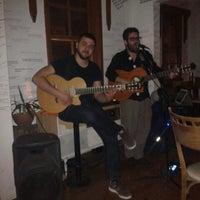 รูปภาพถ่ายที่ Cafe De Pel โดย Burak S. เมื่อ 3/16/2014