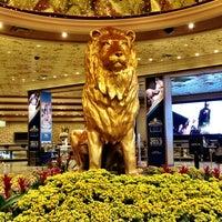 Foto scattata a MGM Grand Hotel & Casino da Steph A. il 3/3/2013
