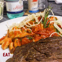 Das Foto wurde bei EAT von EAT am 5/30/2014 aufgenommen