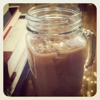 Снимок сделан в Sol Café пользователем Jennica 1/29/2013