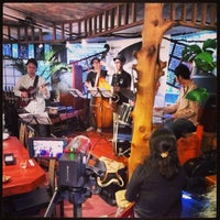 9/28/2013 tarihinde Ichitaro K.ziyaretçi tarafından Nefertiti Jazz Cafe & Bar'de çekilen fotoğraf