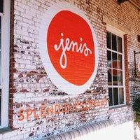 Photo prise au Jeni's Splendid Ice Creams par Amanda S. le11/2/2013