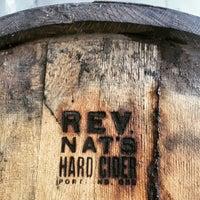 3/1/2015 tarihinde Benziyaretçi tarafından Reverend Nat's Hard Cider'de çekilen fotoğraf