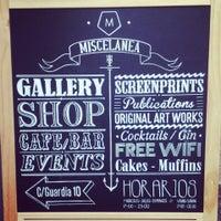 4/7/2013에 Fátima I.님이 Miscelanea Gallery-Shop-Café에서 찍은 사진