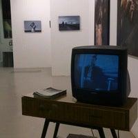 3/16/2013에 Fátima I.님이 Miscelanea Gallery-Shop-Café에서 찍은 사진