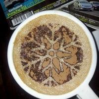 Das Foto wurde bei Blabladía Bistro Café von Gamaliel G. am 1/6/2013 aufgenommen
