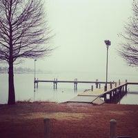 Foto scattata a White Rock Lake Park da Lea il 1/27/2013