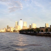 9/28/2013 tarihinde Leoziyaretçi tarafından Canary Wharf'de çekilen fotoğraf