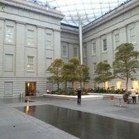 Foto tirada no(a) National Portrait Gallery por Stuart D. em 10/17/2012