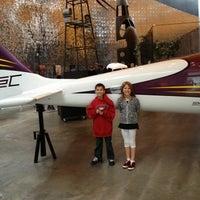 รูปภาพถ่ายที่ Exploration Place โดย Jaclyn เมื่อ 11/11/2012