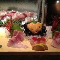 รูปภาพถ่ายที่ Sushi Ota โดย Lisa เมื่อ 6/2/2013