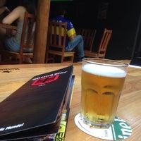 Foto tirada no(a) Mönch Bier Pub Cervejas do Mundo por Camila A. em 6/6/2015