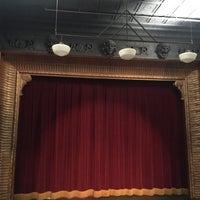 Foto scattata a Connelly Theater da Christine A. il 6/17/2016