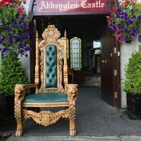 Das Foto wurde bei Abbeyglen Castle Hotel von Linda L. am 8/7/2013 aufgenommen