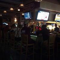 9/22/2012에 Shawn B.님이 Huberts Sports Bar & Grill에서 찍은 사진