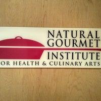 Foto tomada en Natural Gourmet Institute por Grishka G. el 2/2/2014
