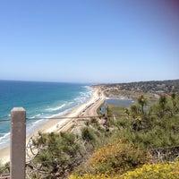 Das Foto wurde bei Torrey Pines State Beach von Tina S. am 4/26/2013 aufgenommen