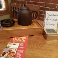 10/20/2012にHannah B.がHappy Lucky's Teahouse and Treasuresで撮った写真