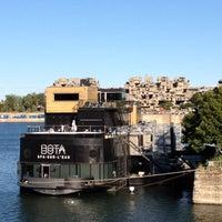 9/20/2012にNatalia B.がBota Bota, spa-sur-l'eauで撮った写真
