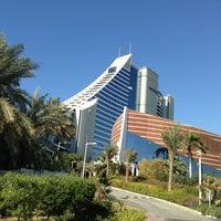 2/5/2013 tarihinde Emre A.ziyaretçi tarafından Jumeirah Beach Hotel'de çekilen fotoğraf